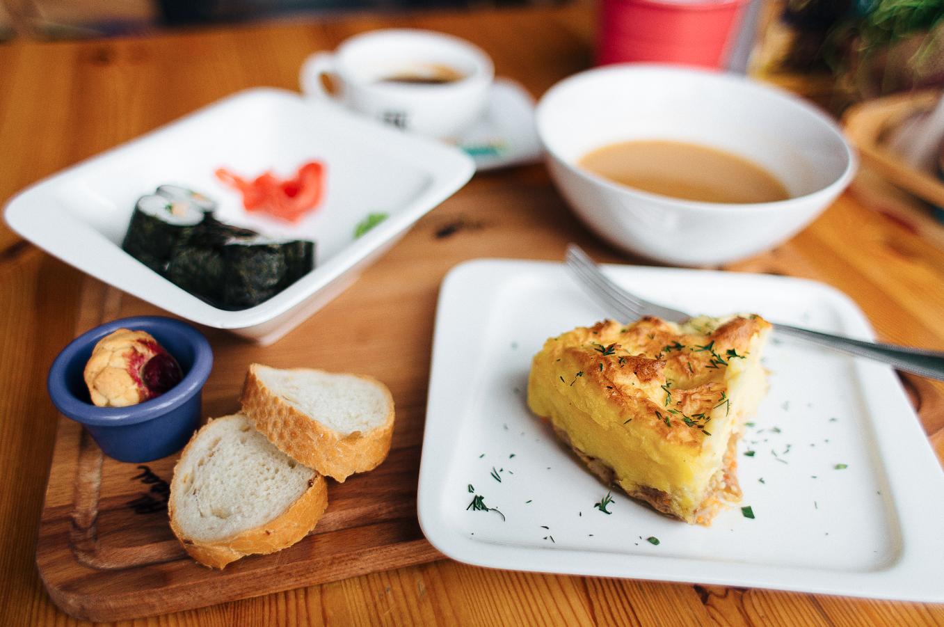 fgcafe-lunch4.jpg