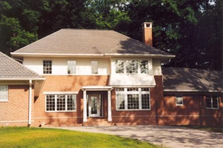 RESIDENCE IN COLUMBUS, INDIANA, LATE 1990'S