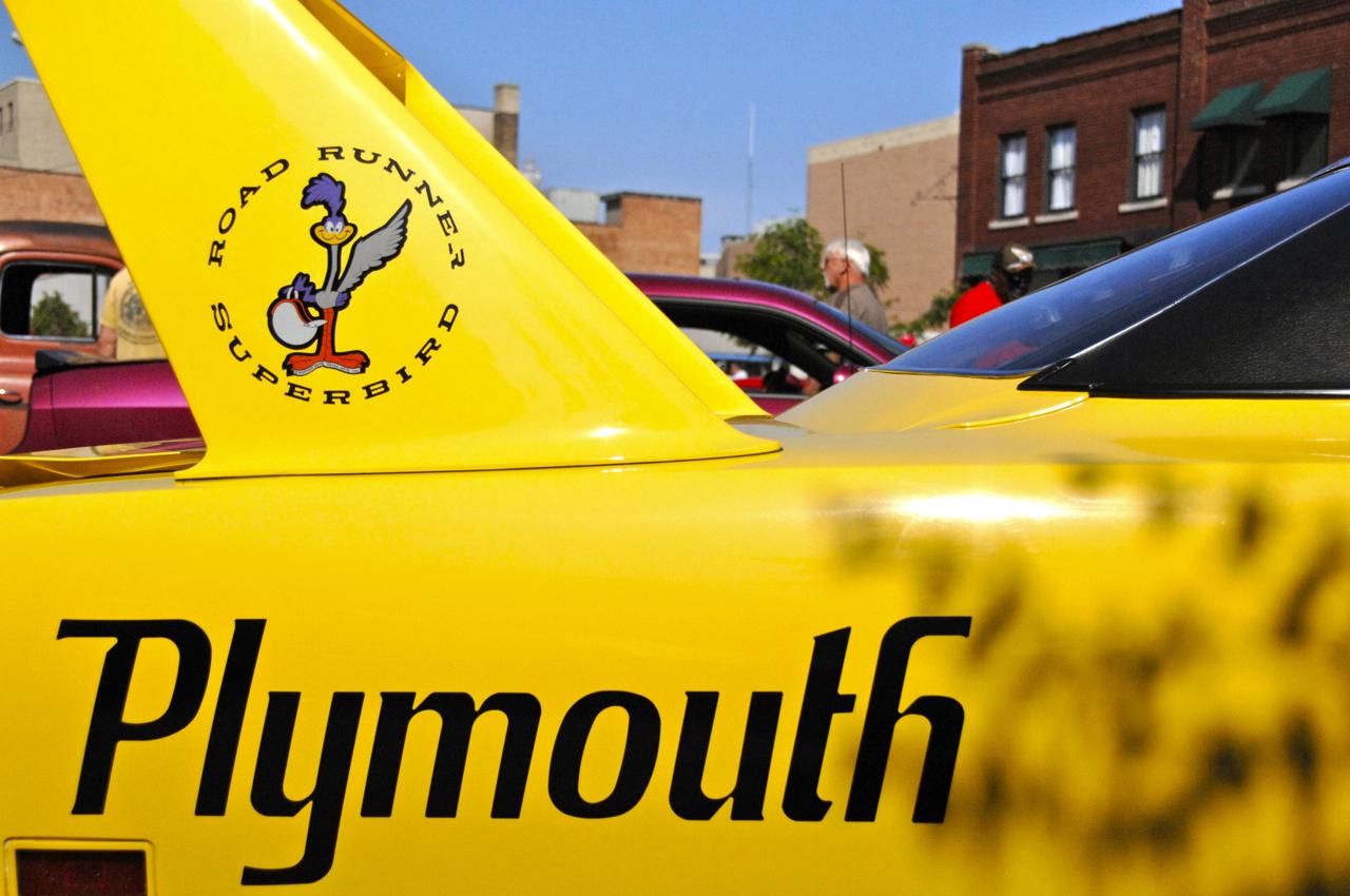 1970 Plymouth Super Bird 02