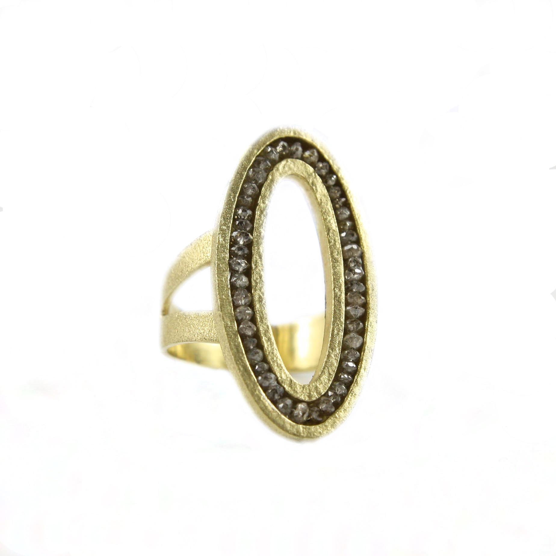 AF oval ring gray diamonds (1 of 1).jpg