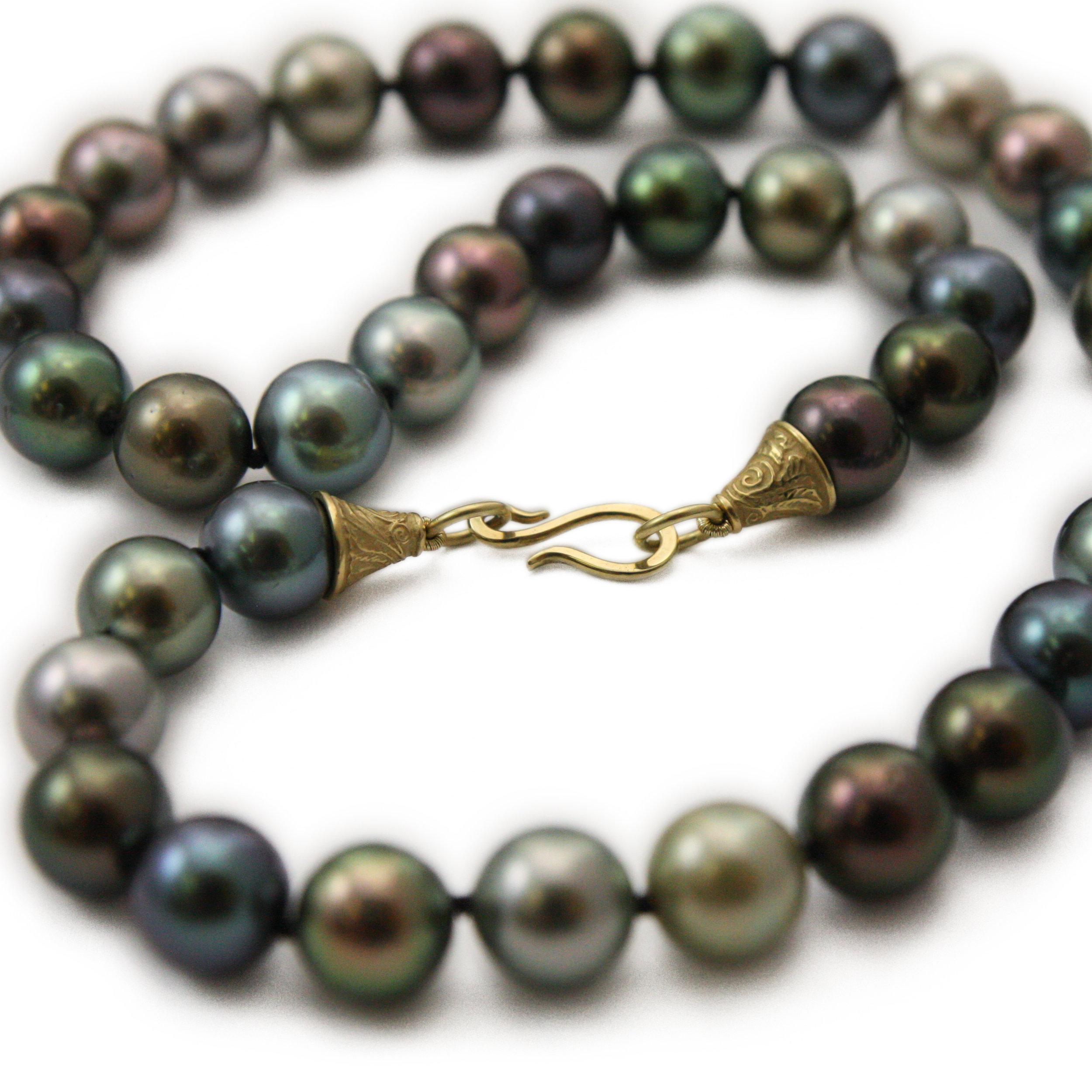 PATTERN tahitian necklace swirled EDITED.jpg