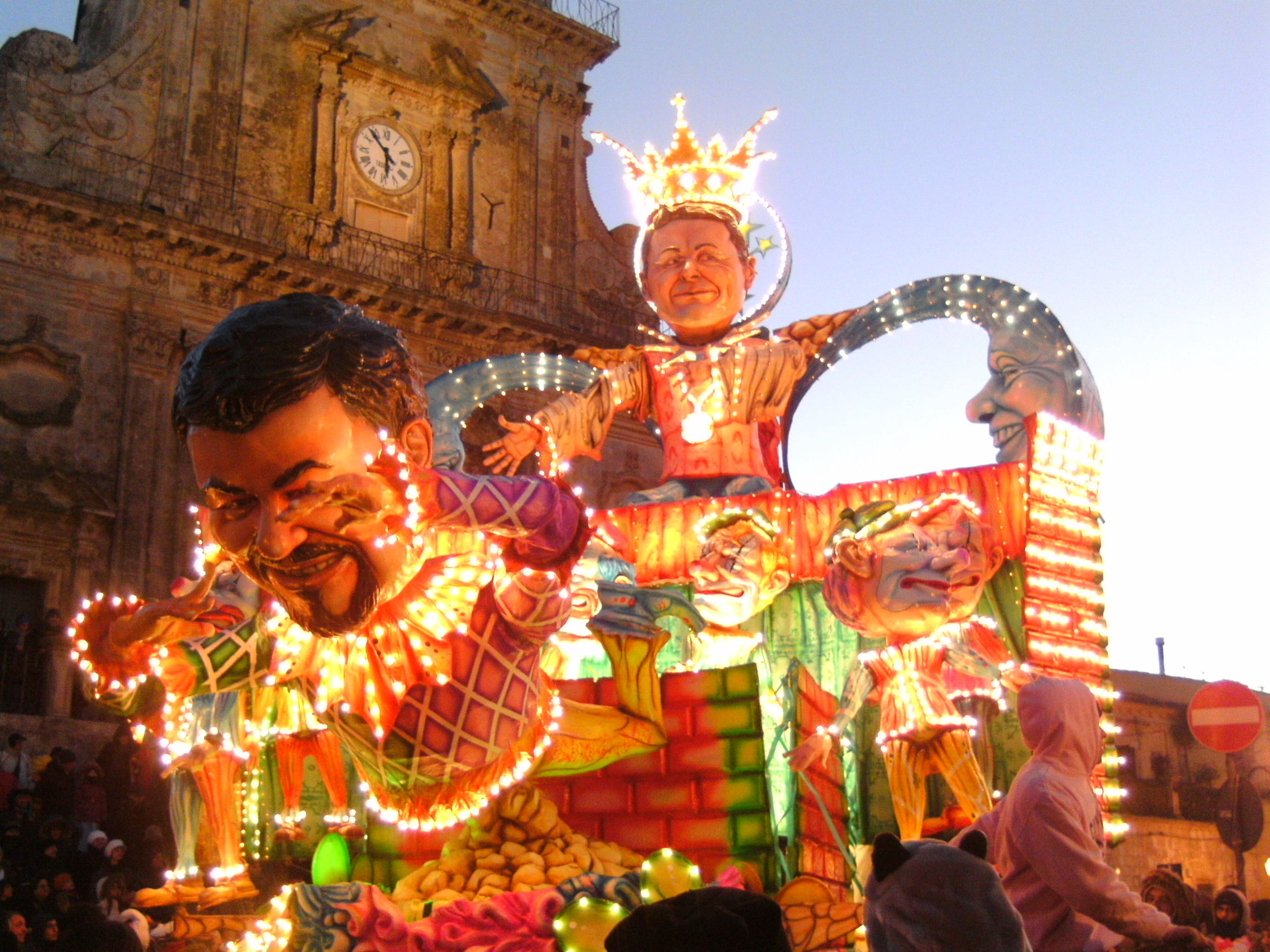 Carnival in Sicily, Palazzolo Acreide  Photo  by Mikystar  /  CC BY-SA 3.0