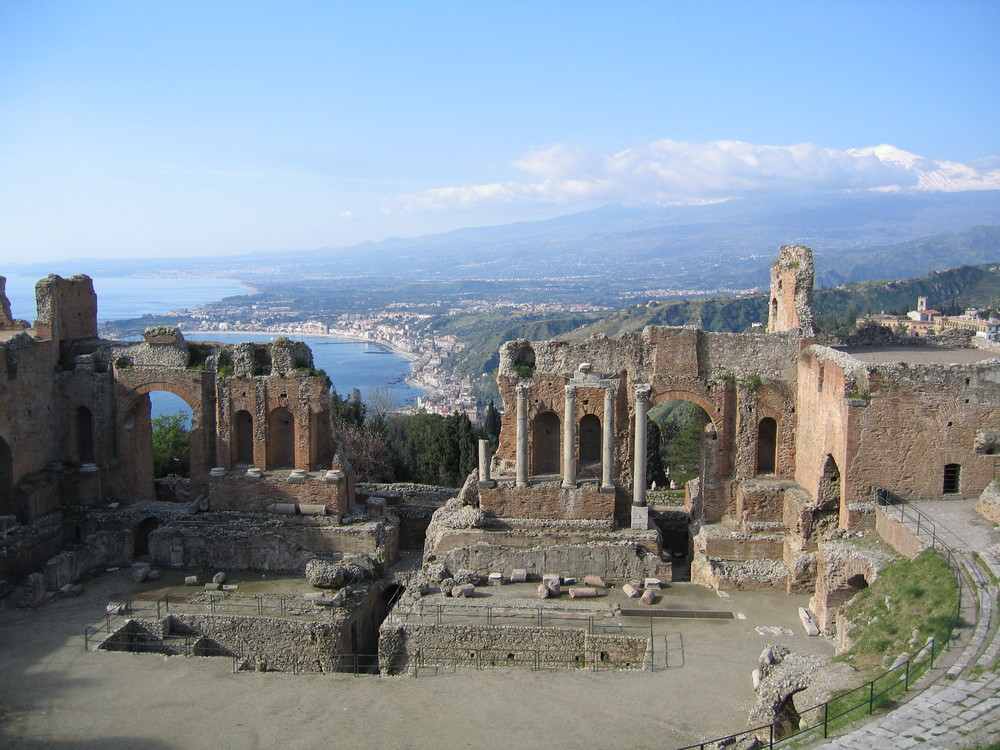 taormina-theater.jpg