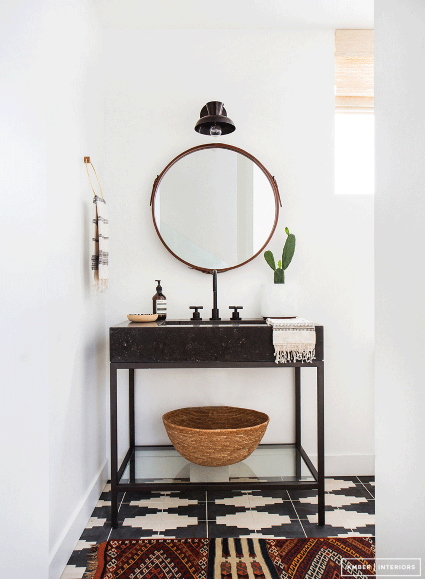 A DREAM GEOMETIC BATHROOM