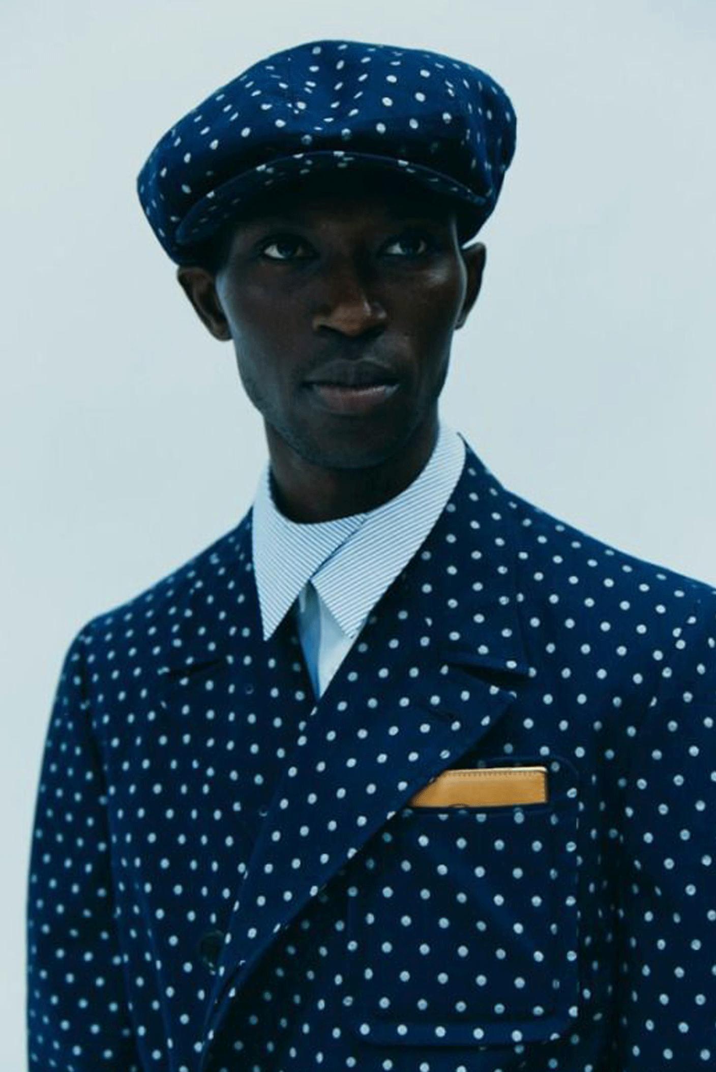 polka dot suit | @themissprints