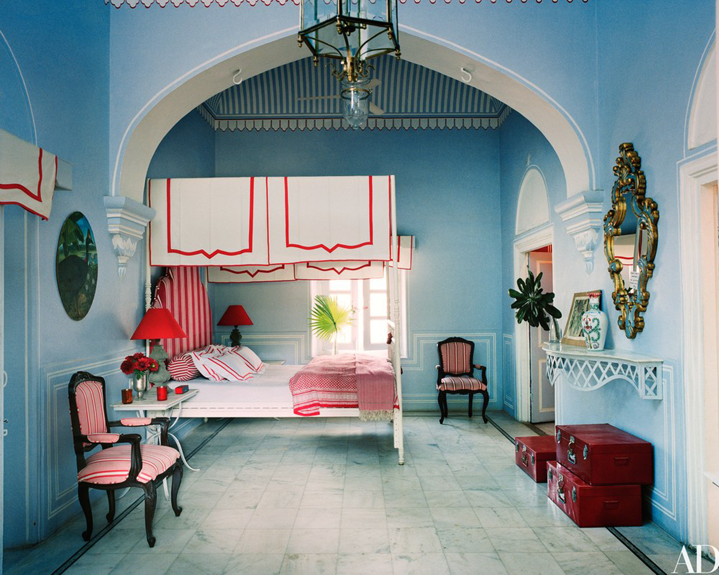 an opulent bedroom in Jaipur India @themissprints