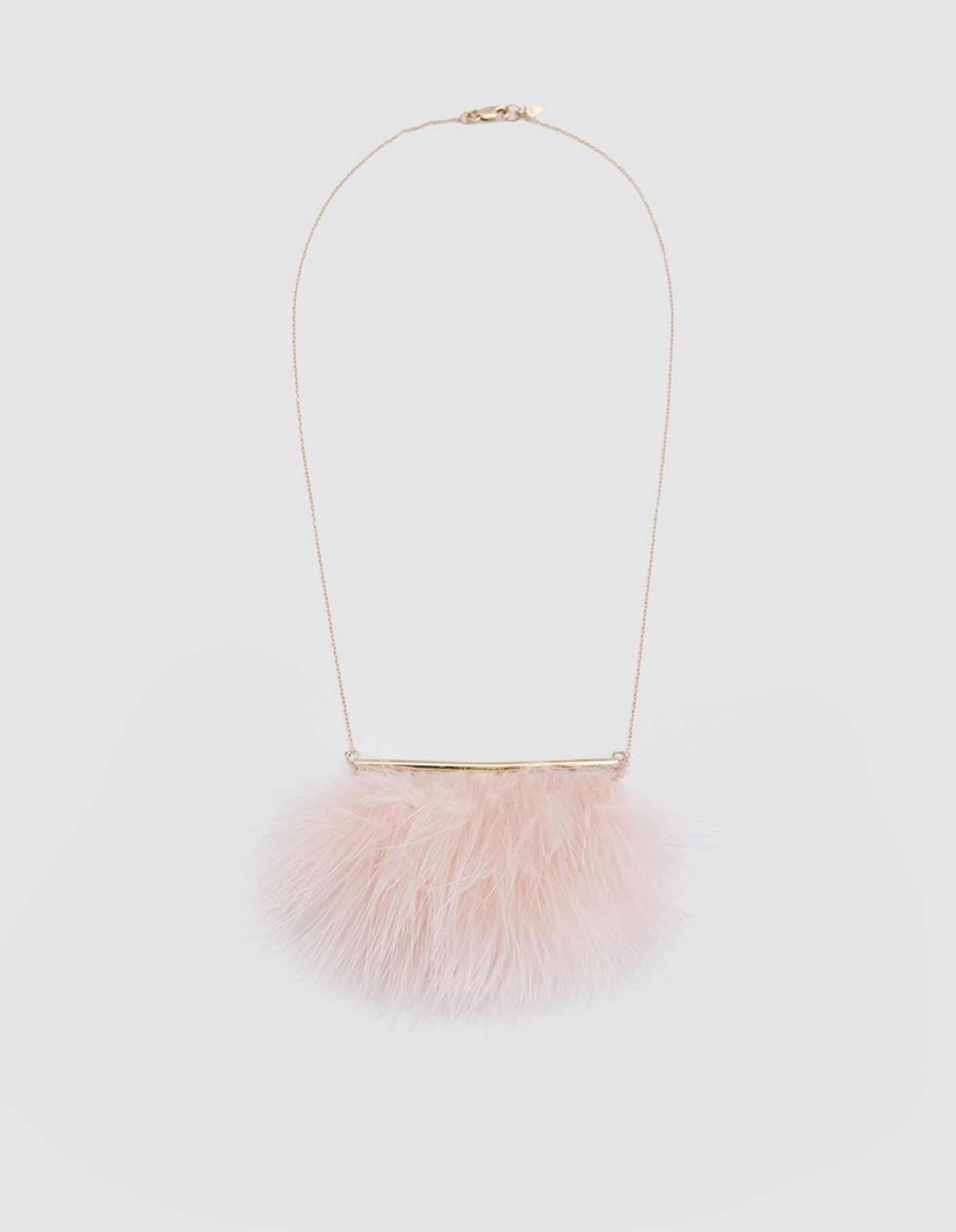 pink feather necklace | @themissprints