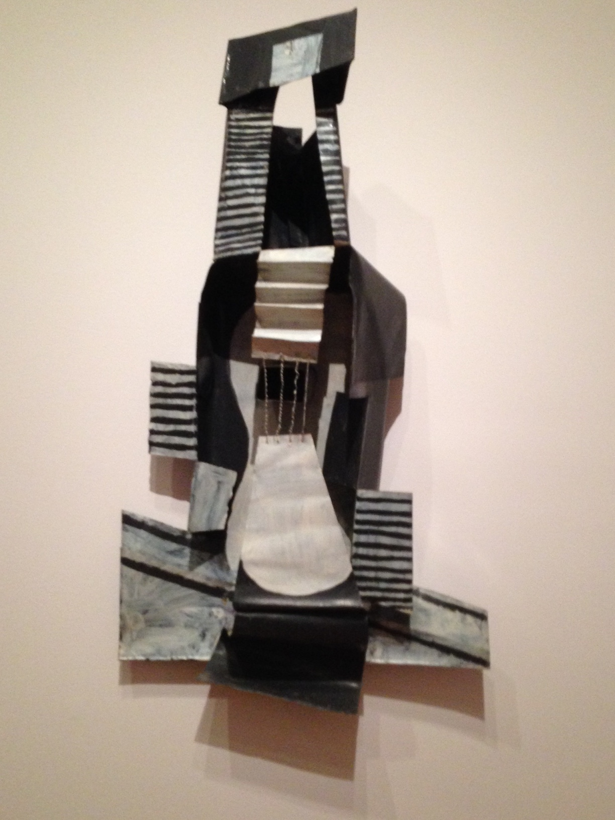Guitar . Paris, 1024. Painted sheet metal, painted tin box, and iron wire.