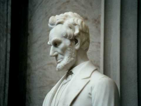 close-up of Vinnie's  most famous statue of Abraham Lincoln