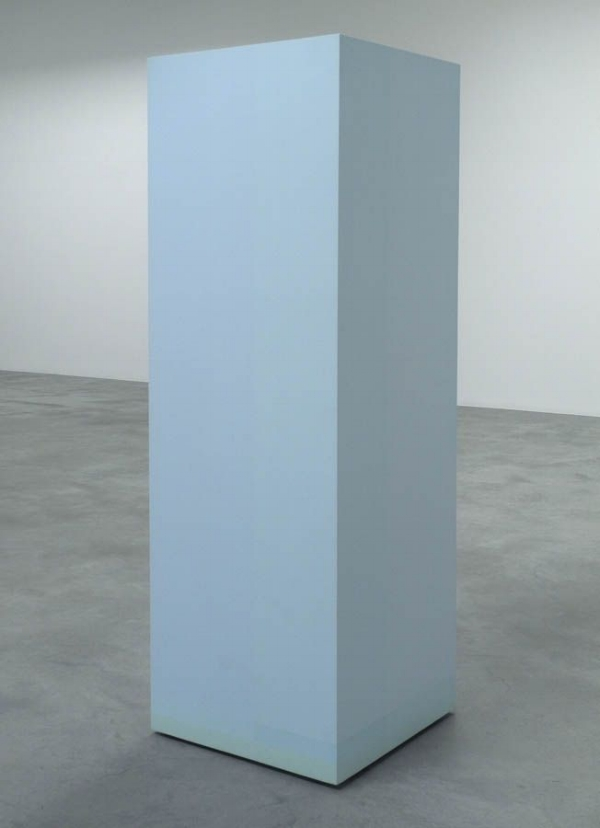 Anne Truitt's Landfall, 1970, in Matthew Marks Gallery, picture from dayoutlast blog. Anne Truitt describes beautifully in her Daybook how this sculpture came to her, shamefully too long to place here.