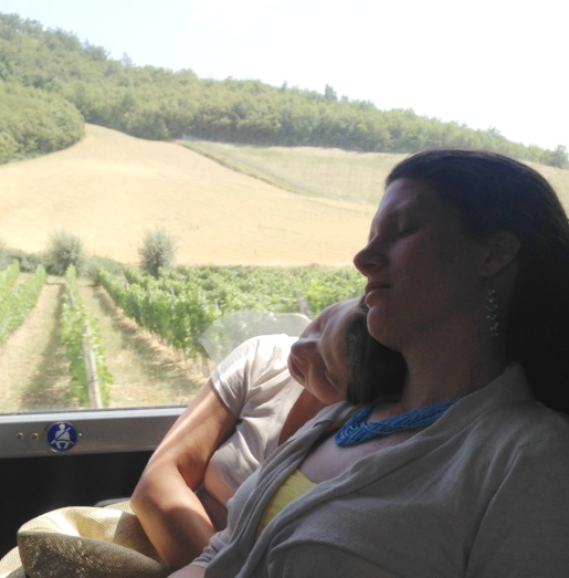 Some sleeping gals.... my artist-roommate  Kristen  and me snoozing on a long bus ride through Tuscany, oblivious to miles of gorgeous Italian landscapes rolling by outside our bus window.