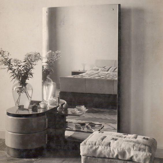 Toilette, 1934.