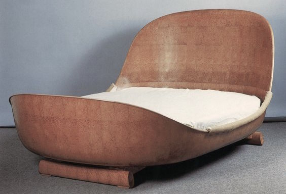 Émile-Jacques Ruhlmann, Bed. Amboyna burl wood. Specific year unknown. Pre-1933.
