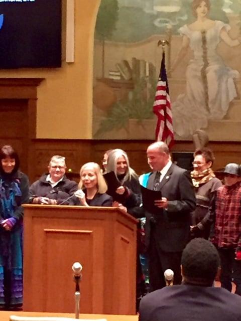 Councilwoman Beth Jensen recognizes Dana Baldwin.