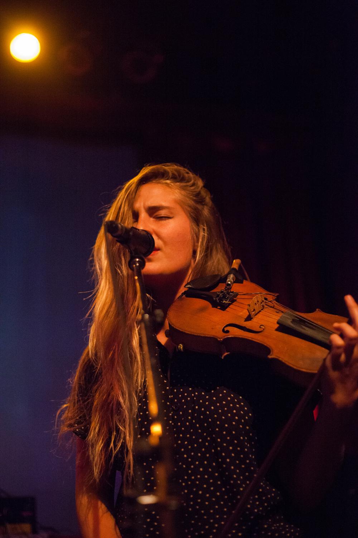 Hannah Epperson @ Fox Cabaret Christine McAvoy Photography