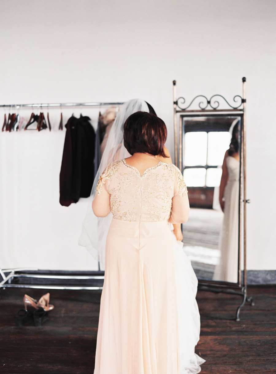 440_Seaton_Los_Angeles_Wedding_Abi_Q_Photography_-129.jpg
