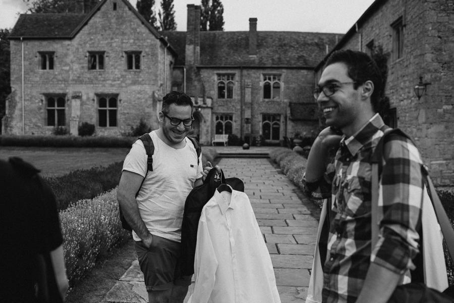 Notley-abbey-buckinghamshire-england-wedding-abi-q-photography--110.jpg