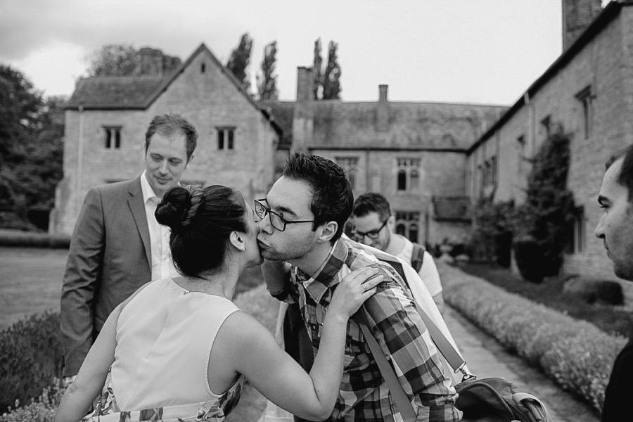 Notley-abbey-buckinghamshire-england-wedding-abi-q-photography--111.jpg
