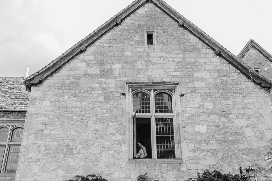 Notley-abbey-buckinghamshire-england-wedding-abi-q-photography--138.jpg