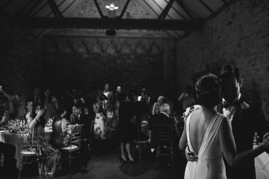 Notley-abbey-buckinghamshire-england-wedding-abi-q-photography--194.jpg
