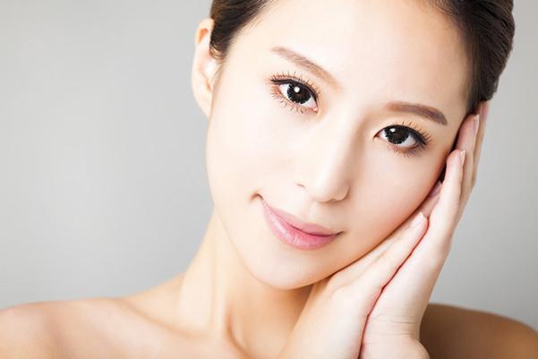 Eyebrow Tinting -