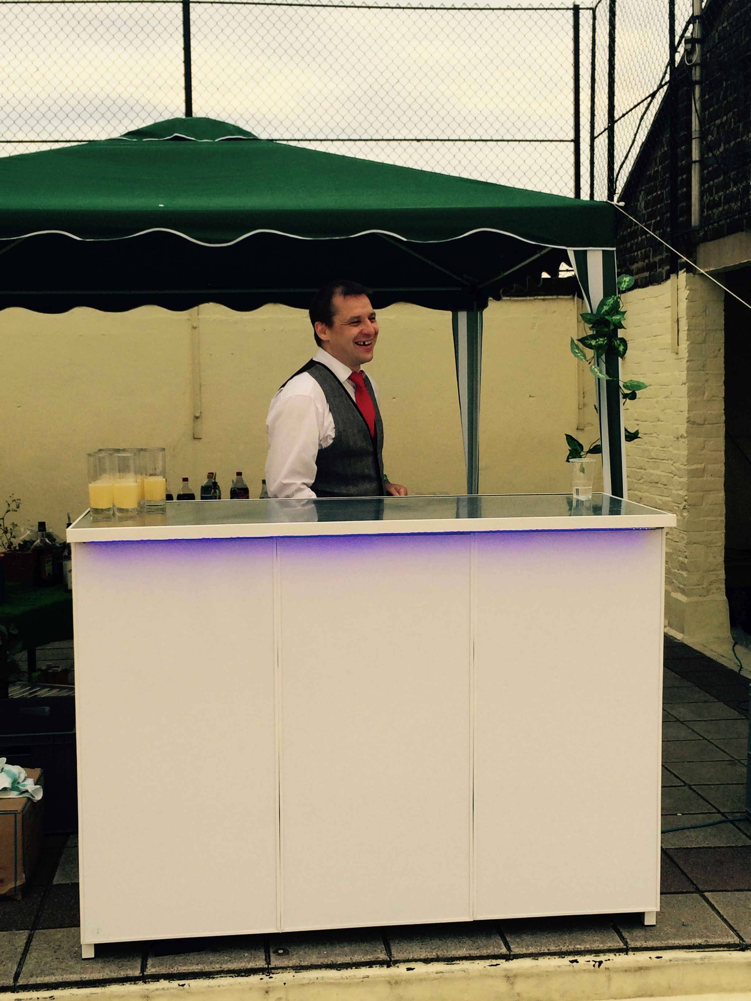 Quick to set up mobile bar unit.