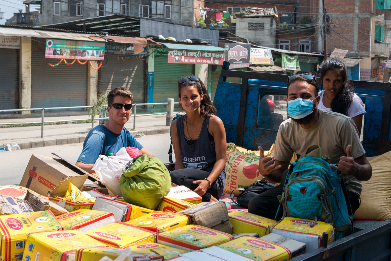 Rich, Laura, James and Kamala head to Khiping (her village) which has roughly over 400 people. With a big truck, we packed 50 bags of rice (2.5 tons), 300kg of lentils and oil (200L), biscuits (200 packets), salt (100 bags), and soap (200 bars).