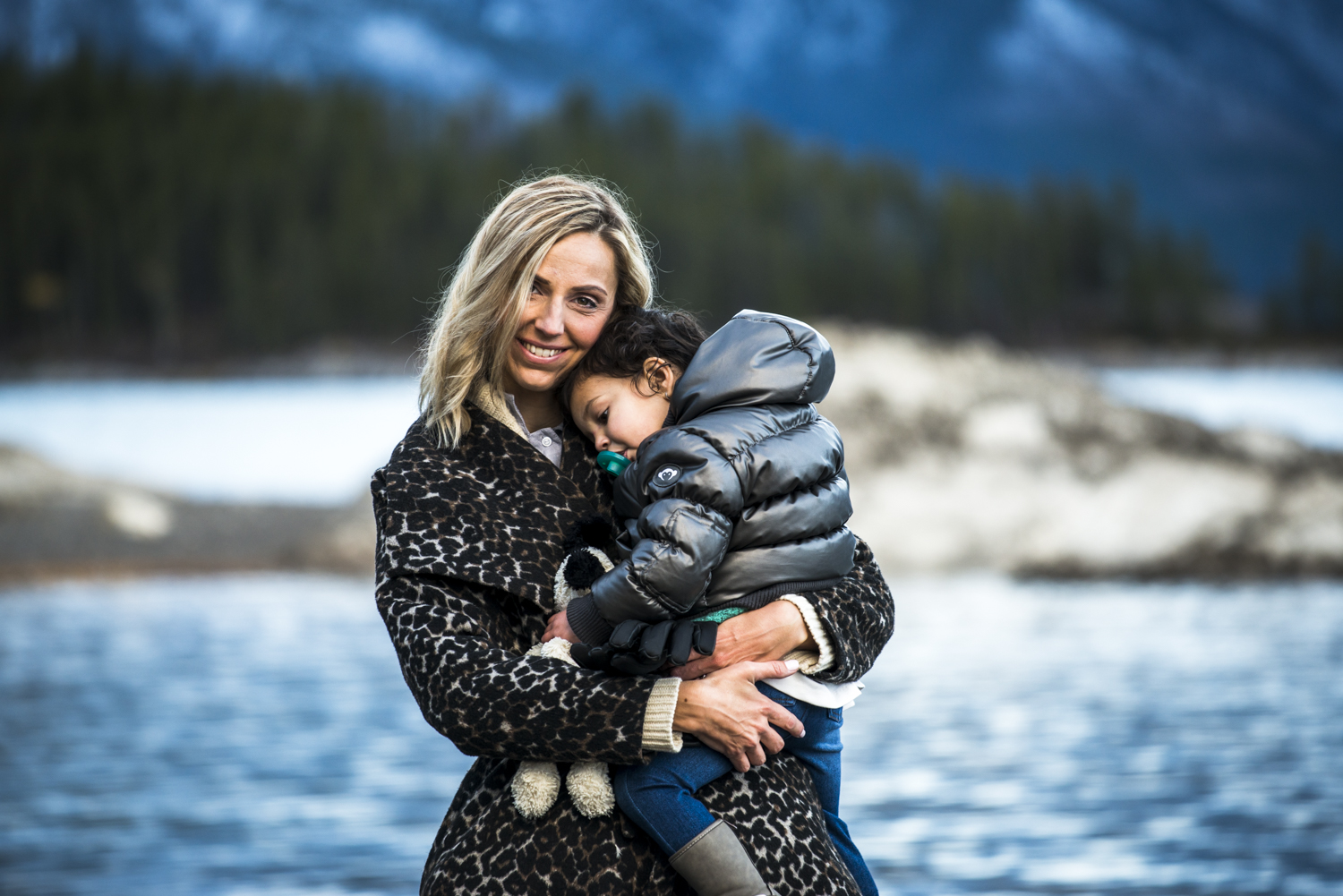 Rachel, Miraj & Charlotte's family photography session at Lake Minnewanka in Banff National Park.