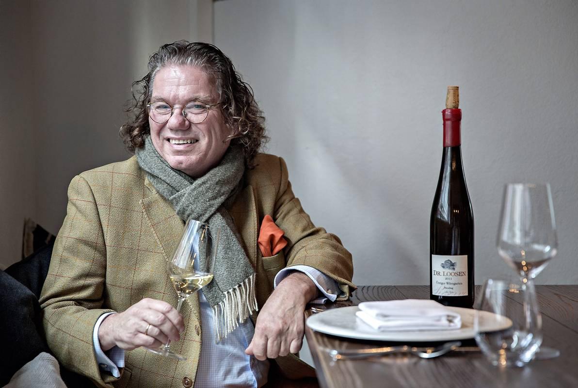 RIESLINGKEISEREN. Ernst Loosen har en av Tysklands beste vineiendommer, i bratte heng i Moseldalen. Foto: Aleksander Nordahl