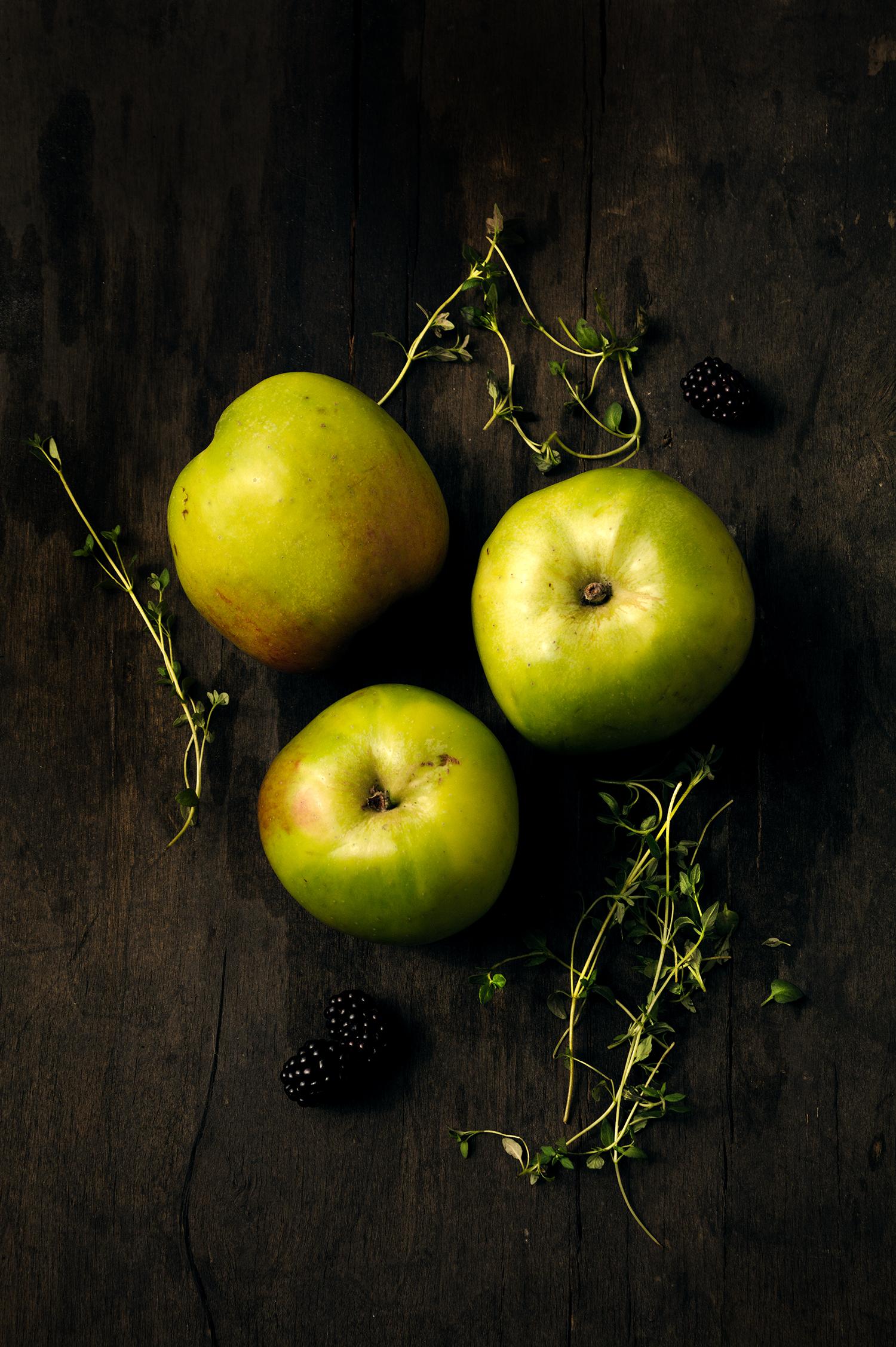 apple crumble ingredients.jpg