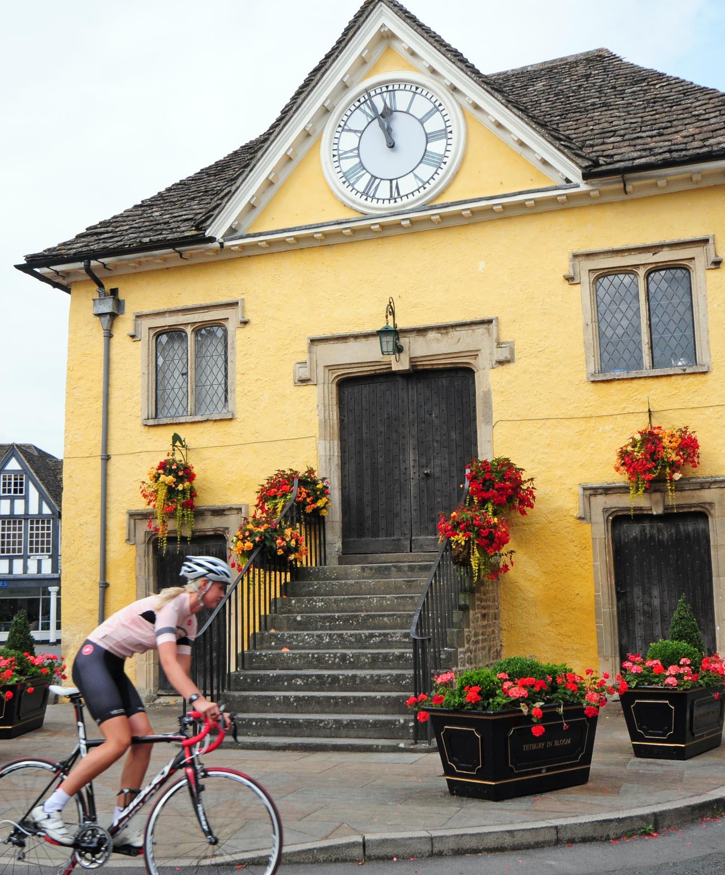 Tetbury cyclist 2.JPG