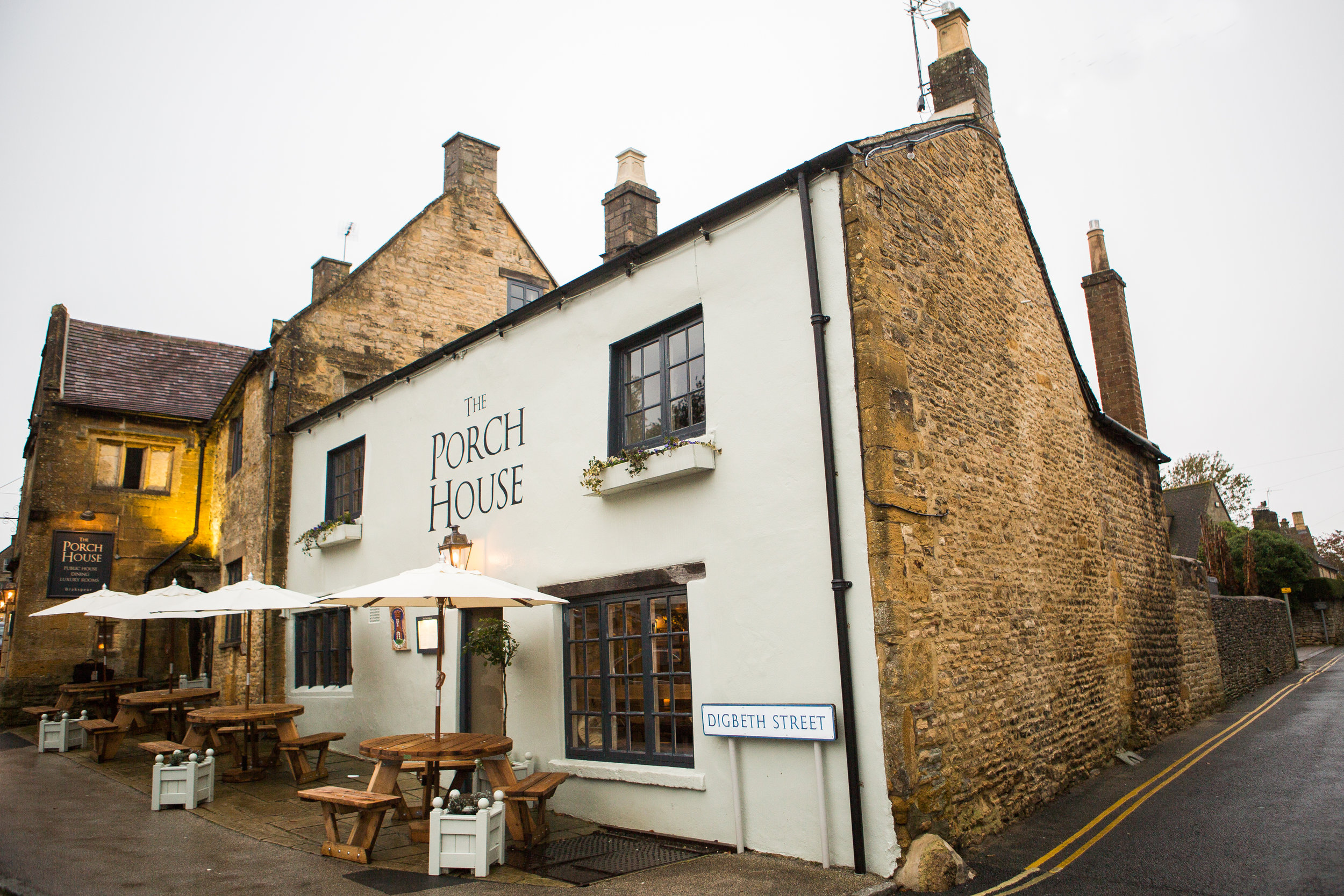 Porch House November -131.jpg