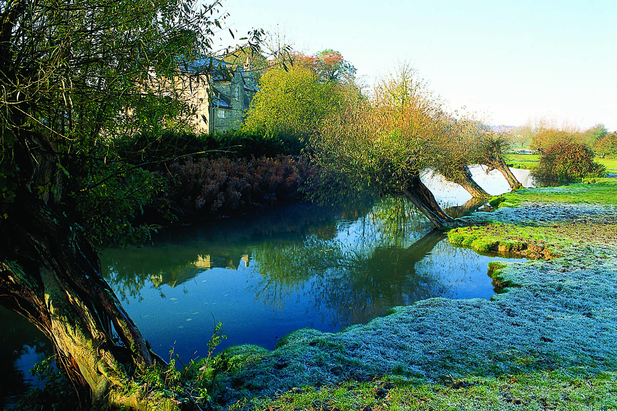 River Windrush, Burford.jpg