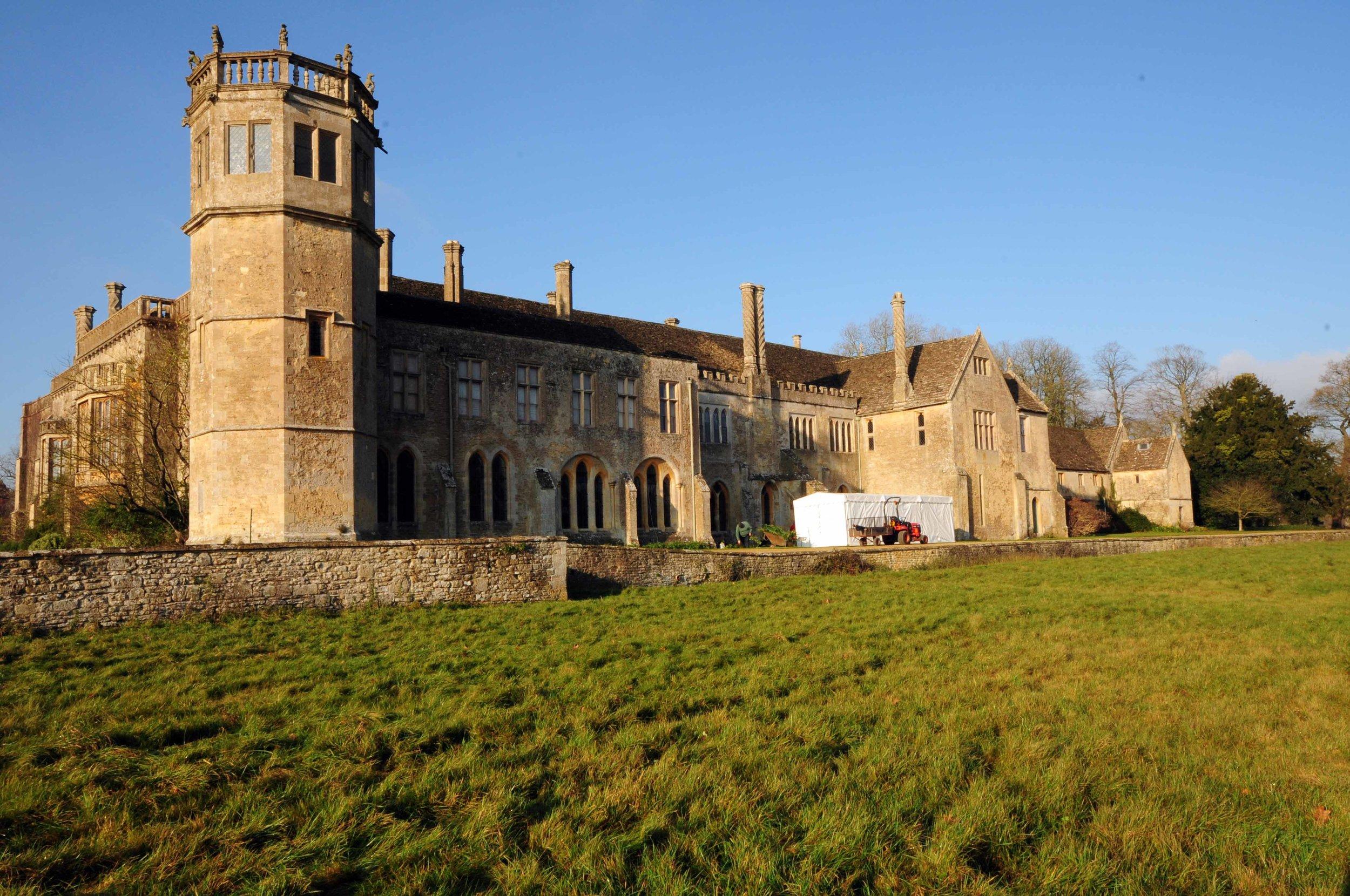 Exterior Lacock Abbey.jpg