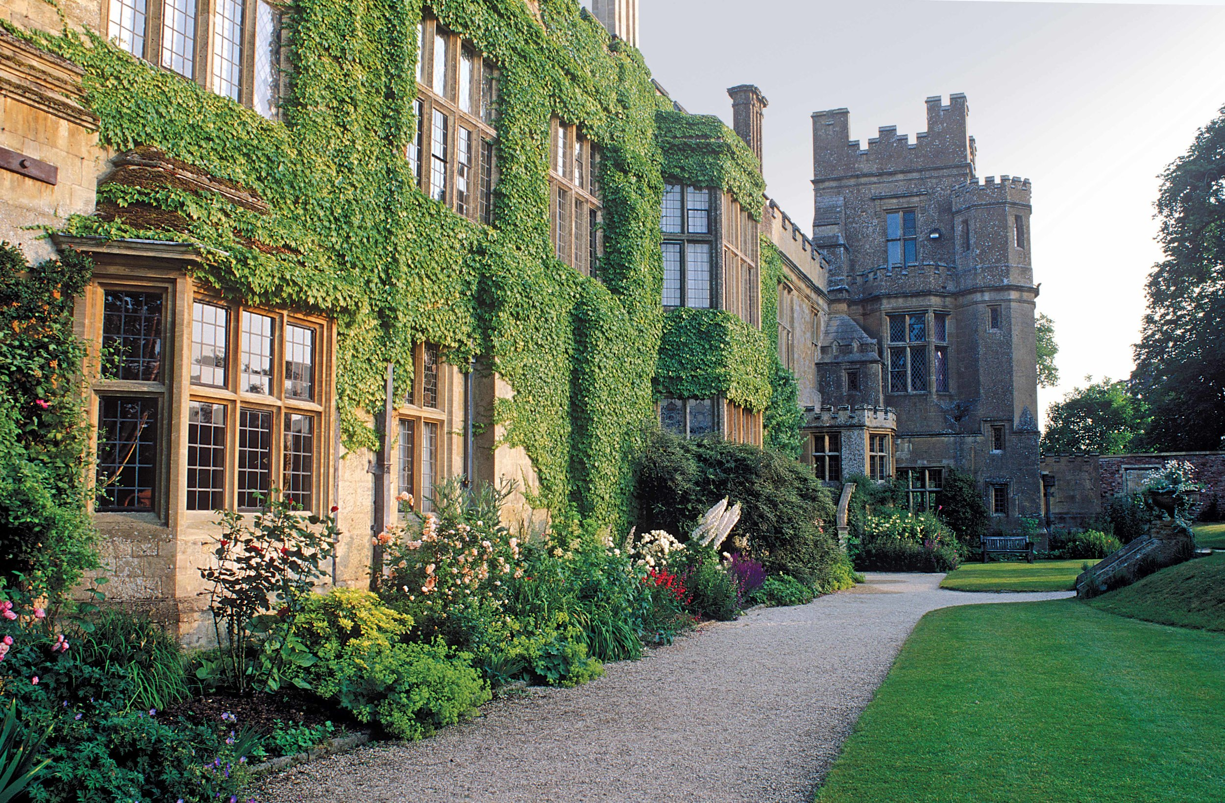 Sudeley Castle Lawns, Winchcombe, Glos.jpg