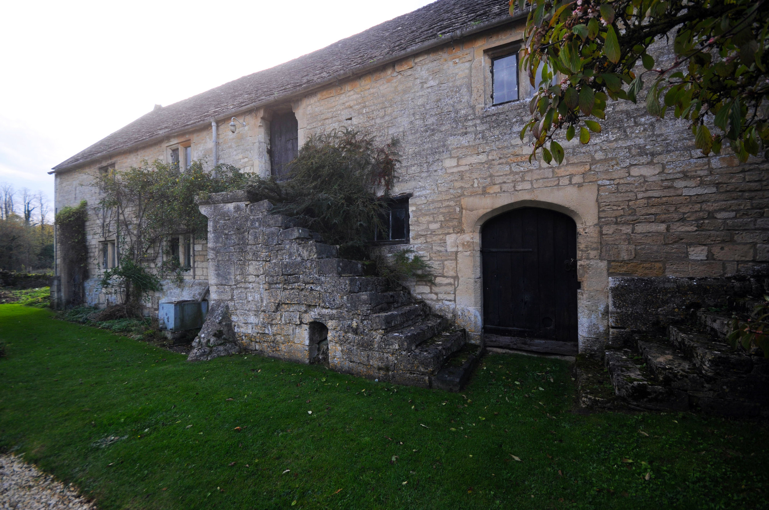 Stable Block, Whittington Court.jpg