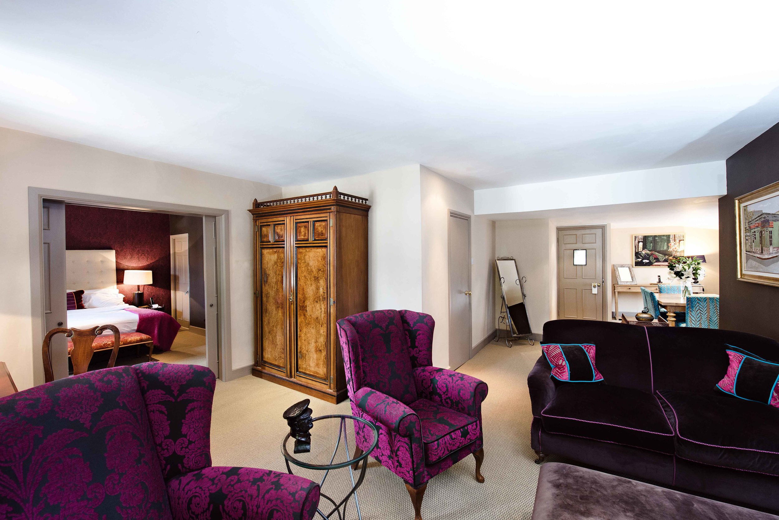 The Feathers Hotel Woodstock - Suite 4 Feature OK.jpg