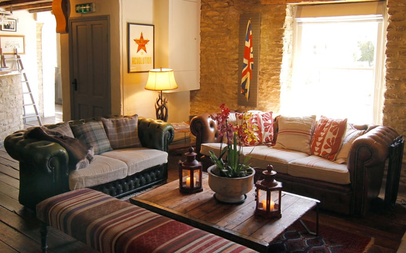 the-five-alls-cotswolds-seating2.jpg