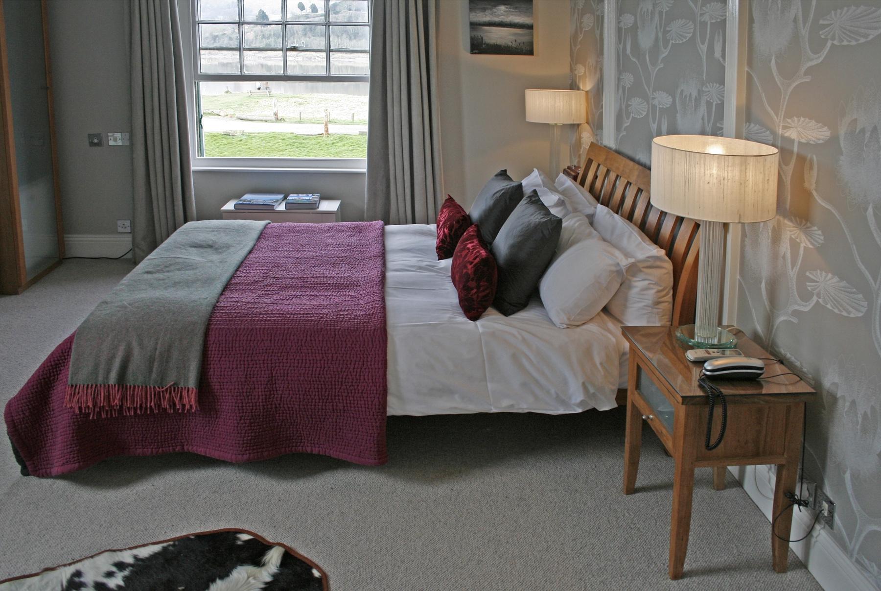 oldpassage bedroomx.jpg