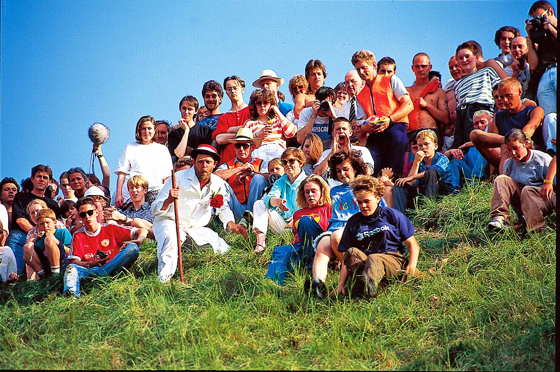 Cheese Rolling, Cooper's Hill, Gloucester, England.jpg