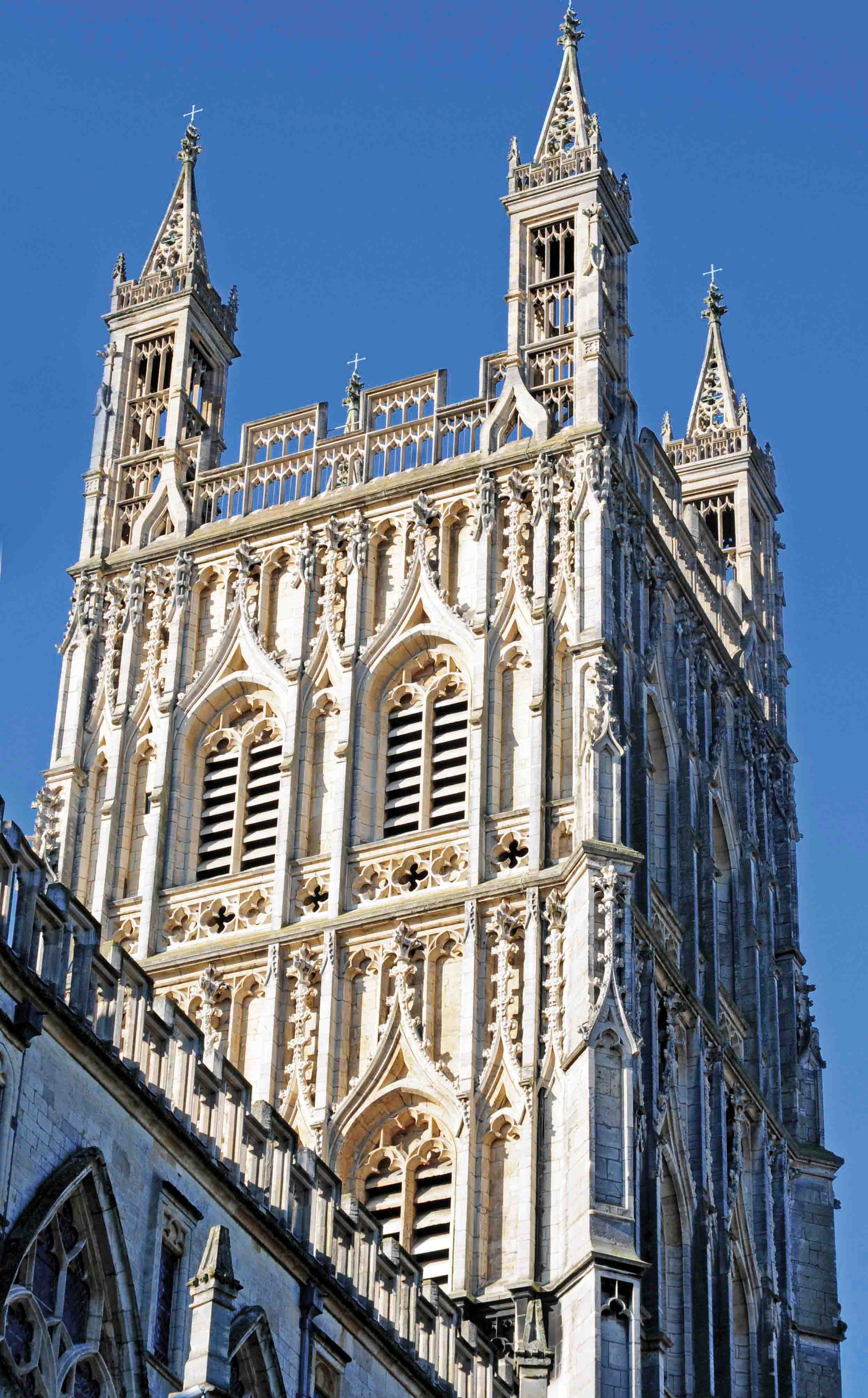 Central Tower, Gloucester Cathedral, England.jpg