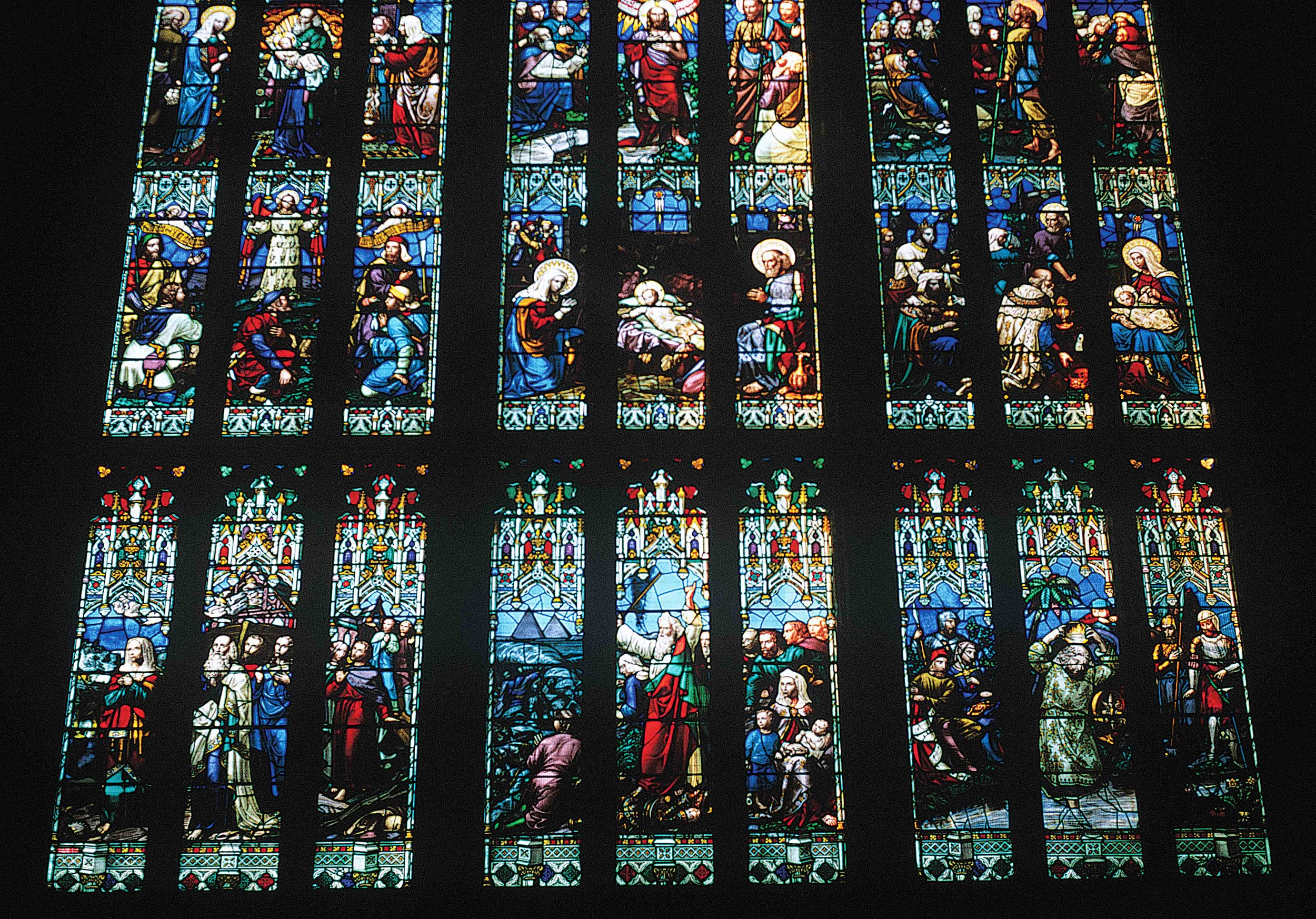 Gloucester Cathedral Stained Glass.jpg