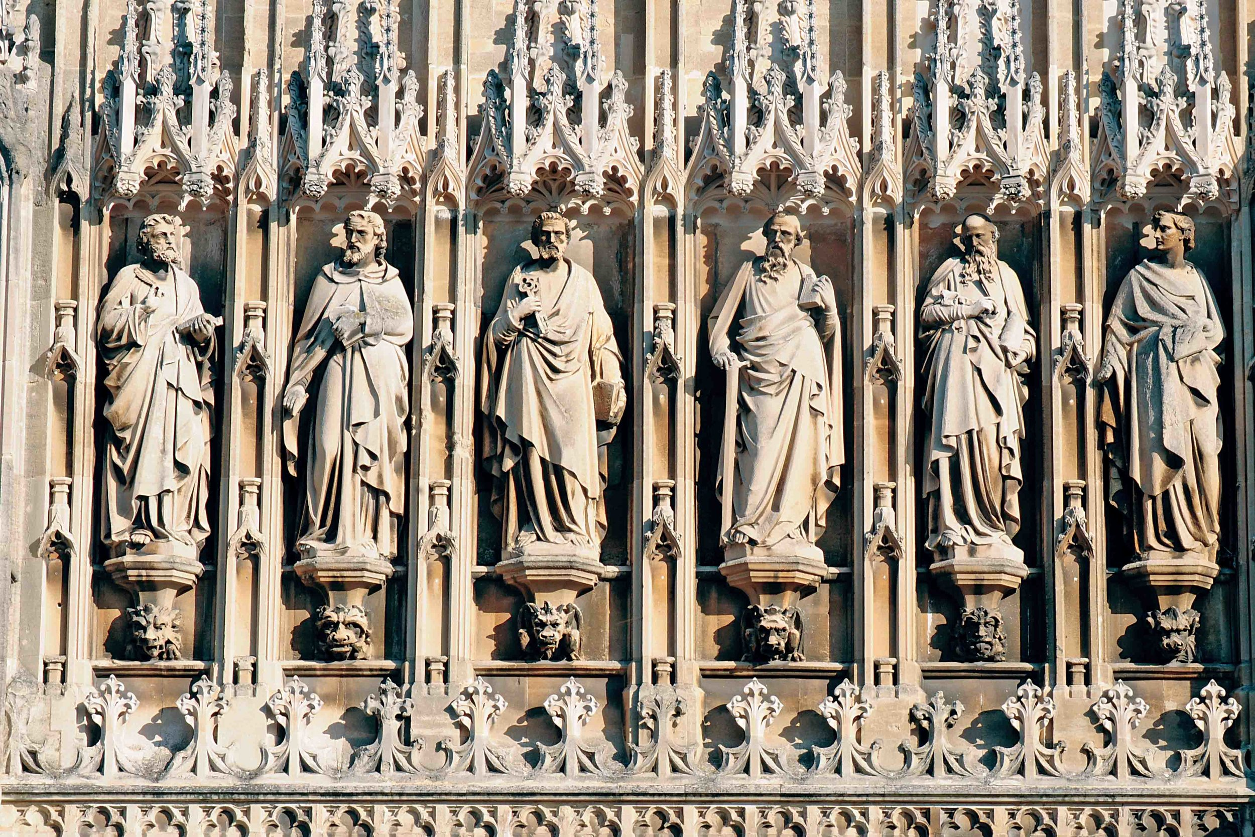 The Apostles, Gloucester Cathedral, Glos.jpg