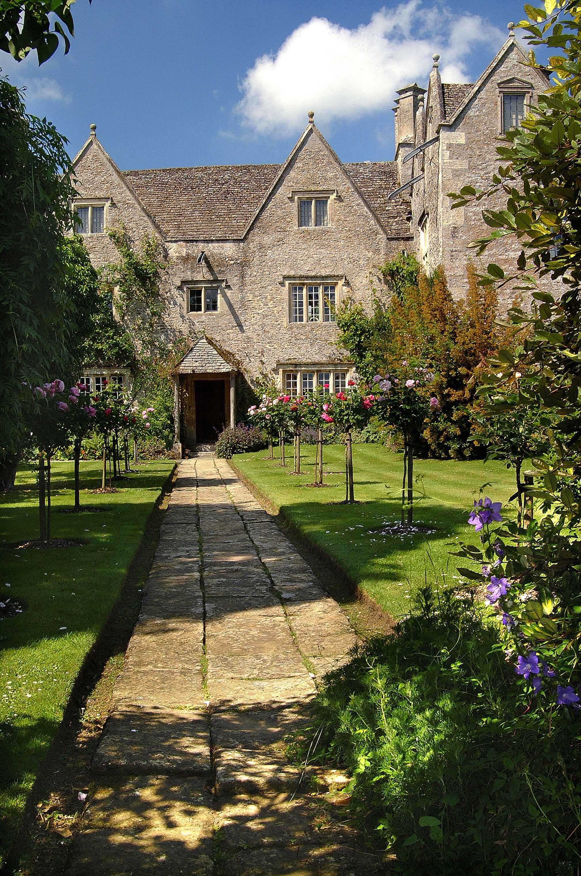 ©Kelmscott Manor 7.jpg