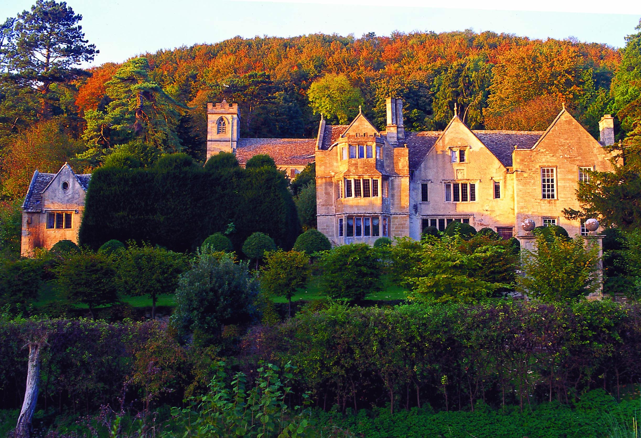 Owlpen Manor Uley  02.jpg