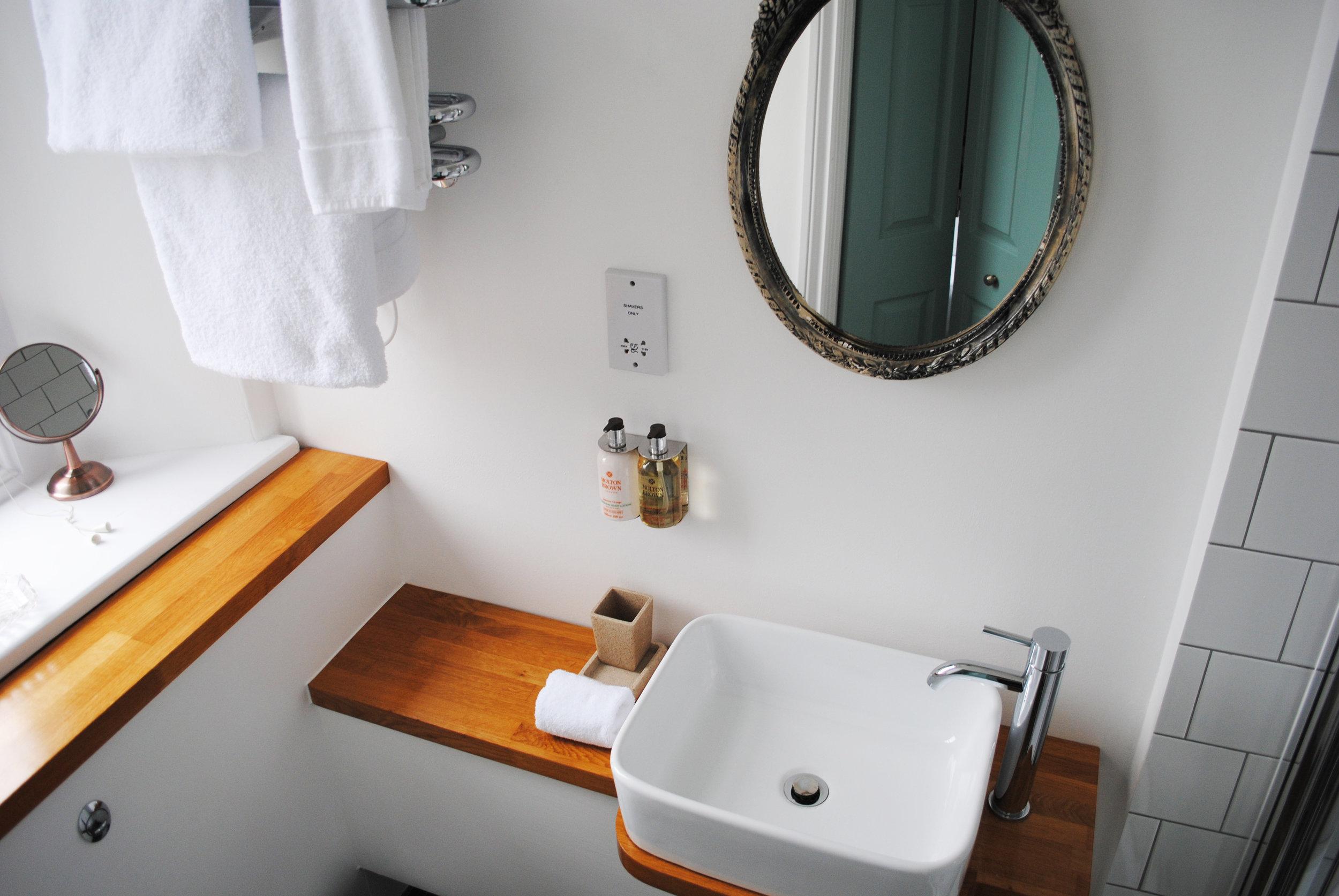 rm1 bathroom top view 2.jpg