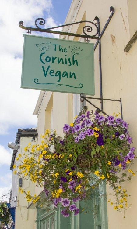 Cornish Vegan sign.jpg