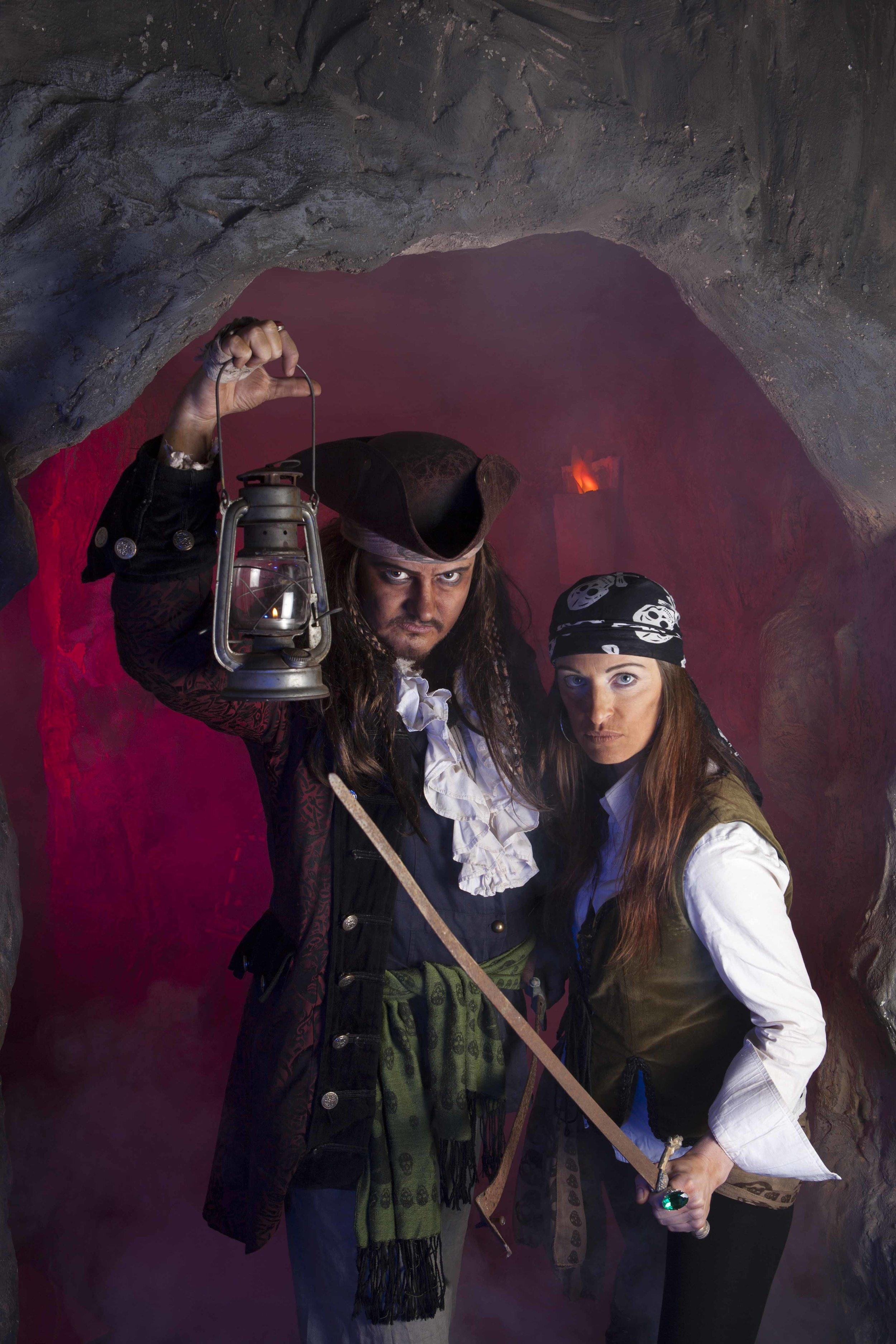 Calico Jack & Anne Bonny at Pirates Quest Newquay, Cornwall.jpg