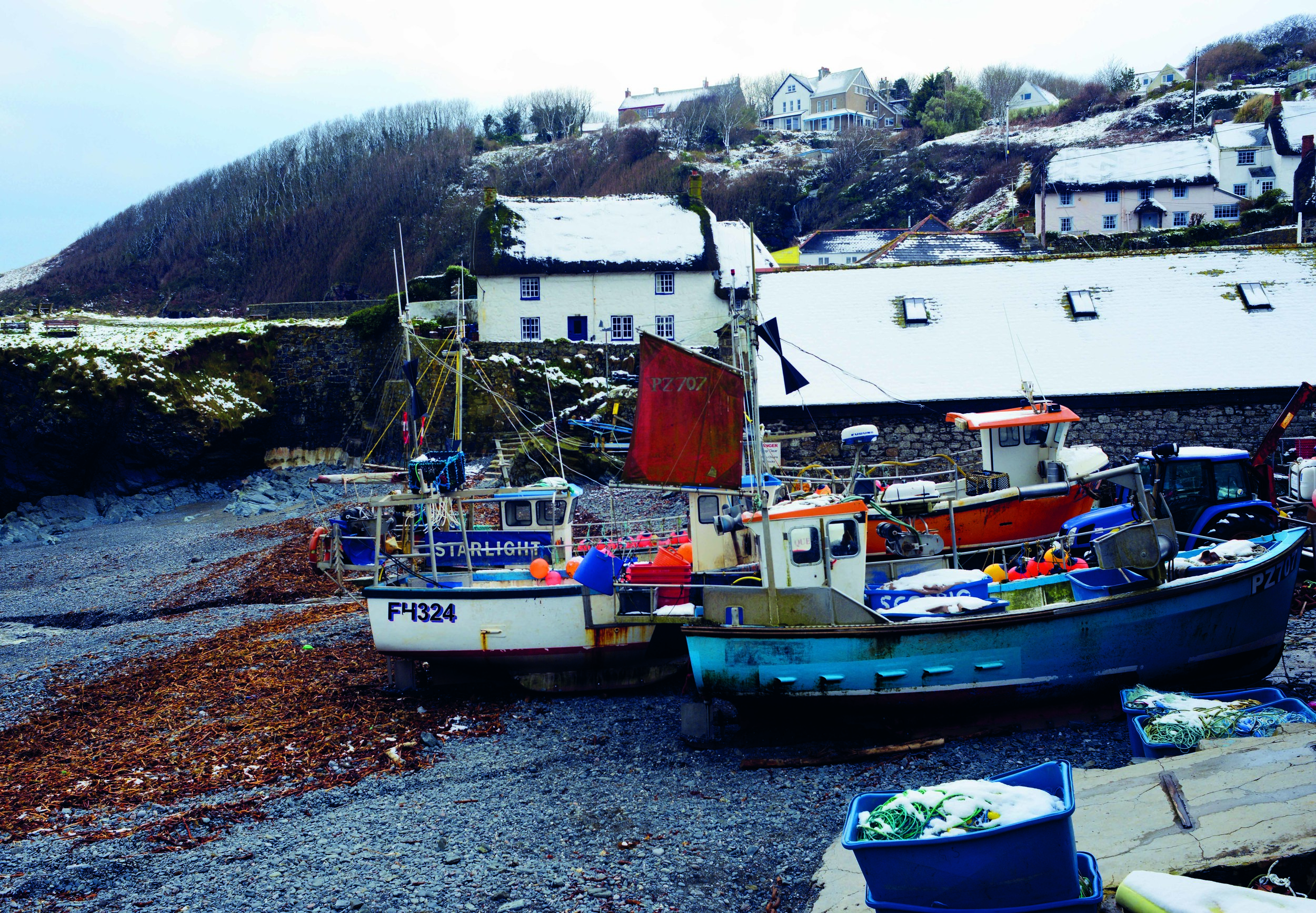 Cadgwith in Snow.jpg