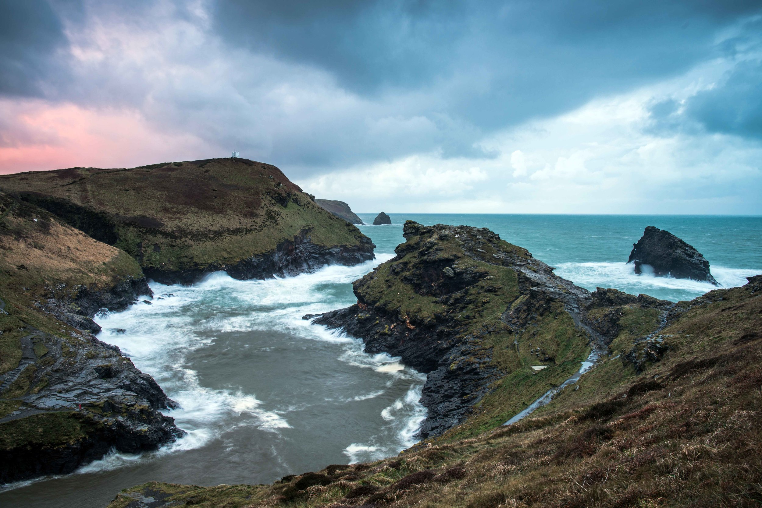 Boscastle Entrance NT.jpg